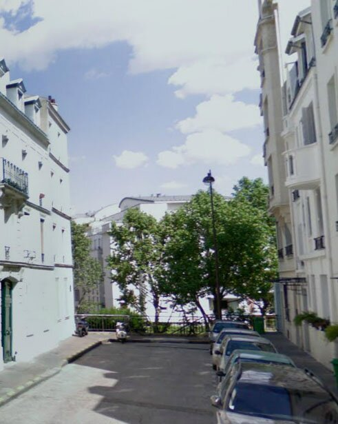 Rue d' l Aude today from Google Street View with an approximation of the area covered by the Ivy Langton painting.